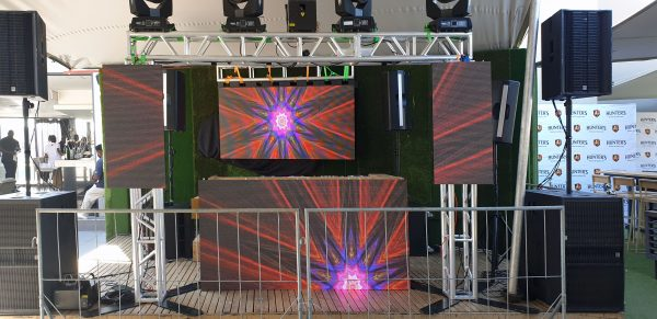 stage-dj-box-music-event